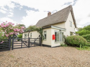 2 bedroom property near Diss, Suffolk, England