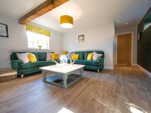 2 bedroom property near Lincoln, Lincolnshire, England