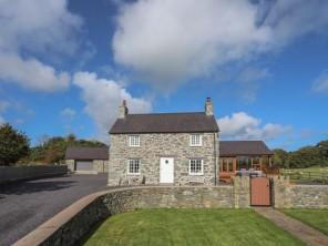 6 bedroom property near Menai Bridge, North Wales, Wales