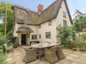5 bedroom property near Bedford, Bedford, England