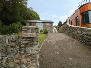 4 bedroom property near Llanfairpwllgwyngyll, North Wales, Wales