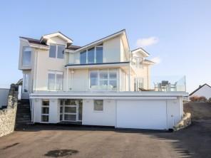 6 bedroom property near Trearddur Bay, North Wales, Wales