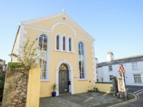 3 bedroom property near Beaumaris, Anglesey, Wales