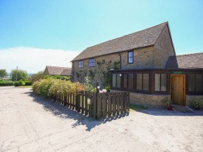 6 bedroom property near Craven Arms, Shropshire, England