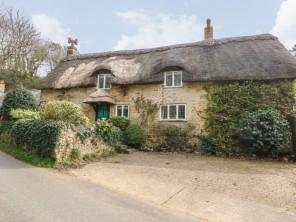 4 bedroom property near Ventnor, Isle of Wight, England