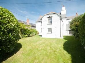 4 bedroom property near Newquay, Cornwall, England