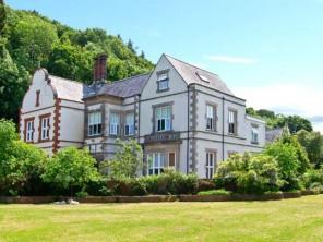 6 bedroom property near Pentraeth, North Wales, Wales