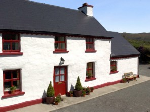 2 bedroom property near Ireland