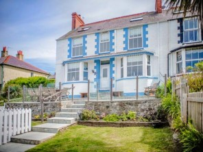5 bedroom property near Cemaes Bay, North Wales, Wales