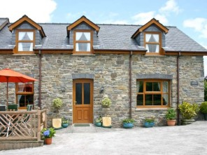 3 bedroom property near Lampeter, Mid Wales, Wales