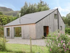 4 bedroom property near Kyle, Highlands, Scotland
