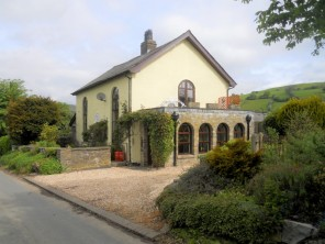 4 bedroom property near Builth Wells, Powys / Brecon Beacons, Wales
