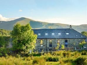 8 bedroom property near Caernarfon, North Wales, Wales