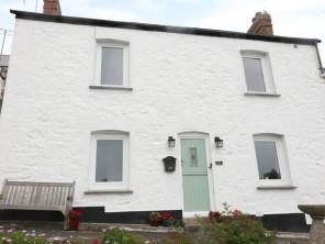 3 bedroom property near Helston, Cornwall, England
