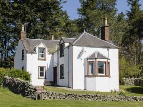 4 bedroom property near Kirriemuir, Perthshire, Scotland