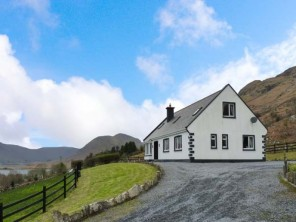 6 bedroom property near Clonbur, Ireland