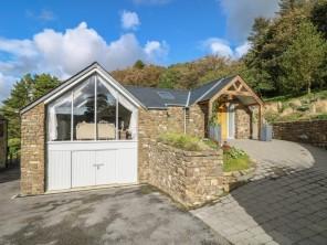 4 bedroom property near Pembroke Dock, South Wales, Wales
