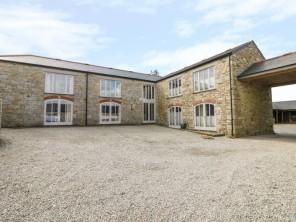 4 bedroom property near Penryn, Cornwall, England