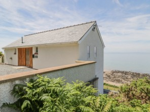 3 bedroom property near Llwyngwril, North Wales, Wales
