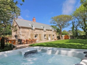 3 bedroom property near St Just, Cornwall, England
