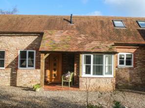 2 bedroom property near Dymock, Gloucestershire, England