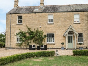 3 bedroom property near Grantham, Lincolnshire, England