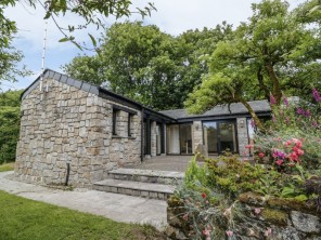 1 bedroom property near Camelford, Cornwall, England