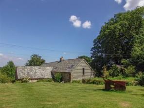 2 bedroom property near Gidleigh, Devon, England