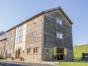 7 bedroom property near Knighton, Powys / Brecon Beacons, Wales