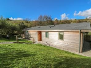 2 bedroom property near Looe, Cornwall, England