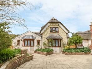 4 bedroom property near Shanklin, Isle of Wight, England