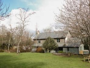 4 bedroom property near Launceston, Cornwall, England