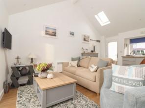 1 bedroom property near Porthleven, Cornwall, England