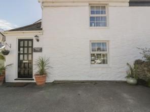3 bedroom property near Newquay, Cornwall, England