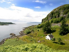 2 Bedroom Secluded Waterfront Highland Hideaway at Loch Feochan, nr Oban, Argyll, Scotland