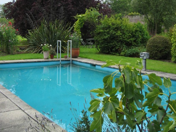 4 bedroom walled garden cottage in scotland dumfries and - Swimming pools in dumfries and galloway ...