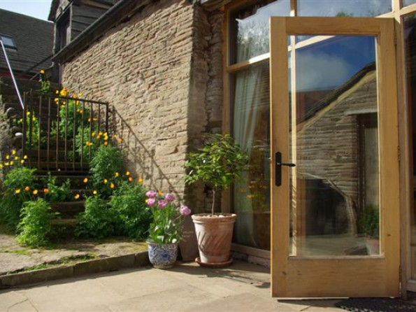 Front door & 4 Bedroom Barn Cottage in England Herefordshire Hay-on-Wye ...