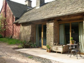 1 Bedroom Cosy Cottage in England, Herefordshire, Hay-on-Wye
