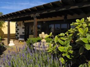 2 Bedroom Character Villa in Canary Islands, Lanzarote, San Bartolome
