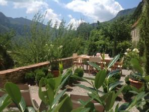 2 Bedroom Village House in Italy, Tuscany, Cardoso (near Barga) Lucca