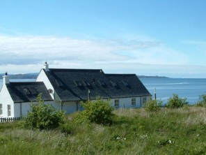 4 Bedroom Peaceful Cottage on the Applecross Peninsula, Highlands, Scotland