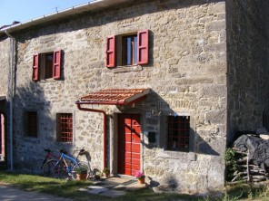 2 Bedroom Farmhouse Cottage in Italy, Tuscany, Sansepolcro