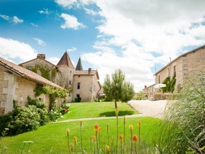 Cottages in Chateau Grounds in France, Poitou-Charentes, Gurat