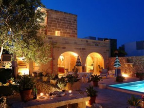 3 Bedroom Village Farmhouse in Malta, Gozo, Munxar