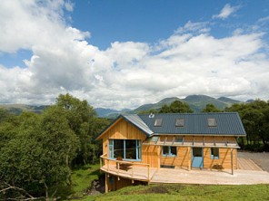 3 Bedroom House on Farm with Private Sauna and Loch Views near Taynuilt, Argyll, Scotland