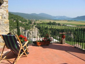 6 Bedroom Farmhouse in Spain, Aragon, Ainsa