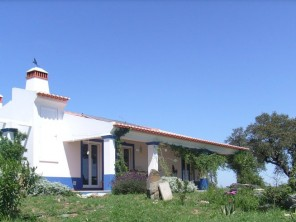 2 Bedroom Traditional Cottage in Portugal, Alentejo, Ourique
