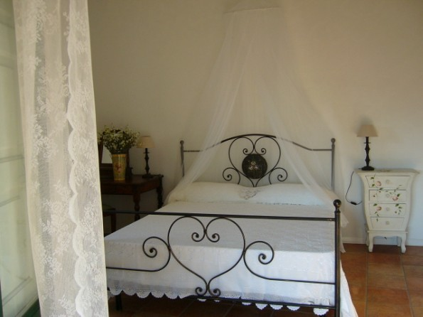 2 Bedroom Restored House In Italy Sicily S Venerina Acireale The House Of Camellia