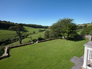 9 Bedroom Five Star Country House in an Area of Outstanding Natural Beauty in Holbeton, Devon, England
