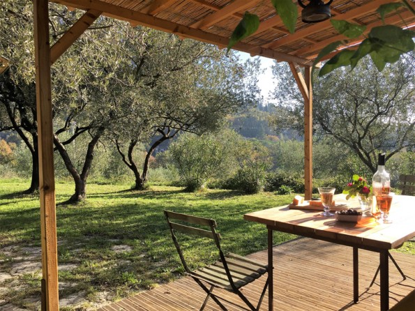 Secluded chalet in Provence